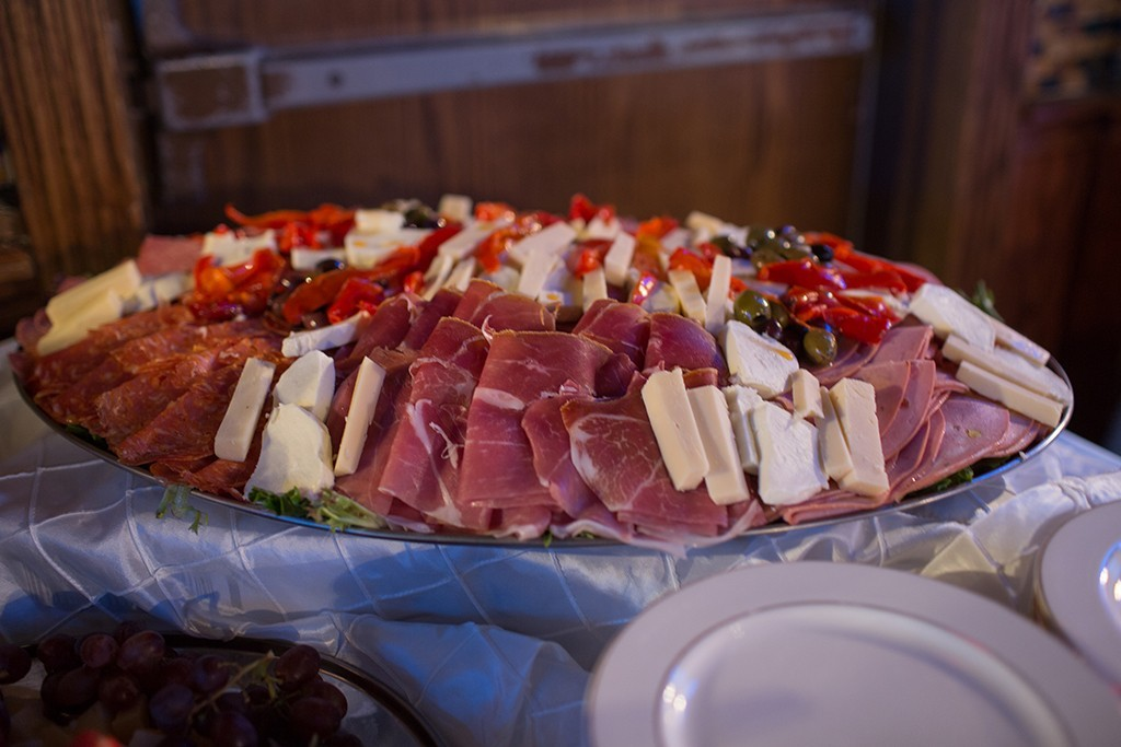 Tray with sliced meats and cheeses